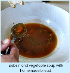 Eisbein sand vegetable soup