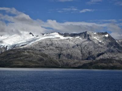 Traveling through the Strait of Magellan