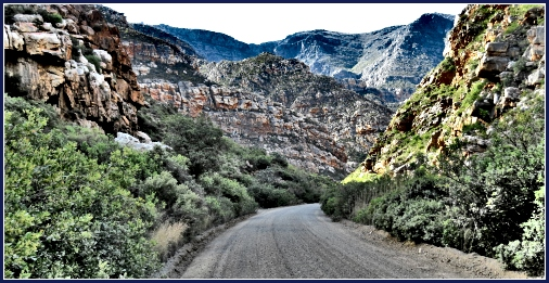Driving the back roads through the awesome Cape Fold mountains
