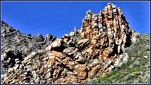 Eroded folds like needles in the Cape Fold Mountain Range